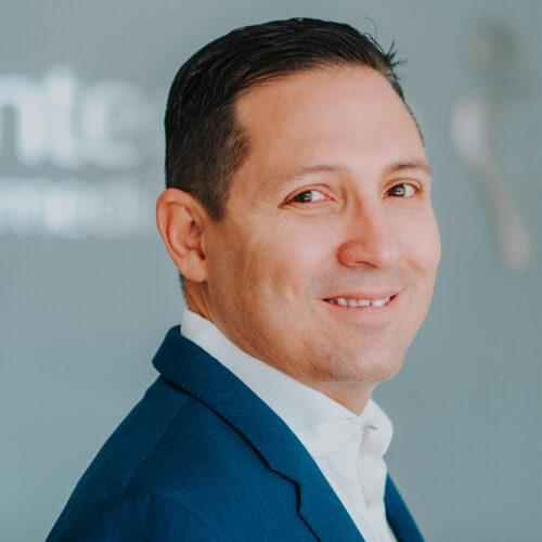 Dr. Raul Gonzalez